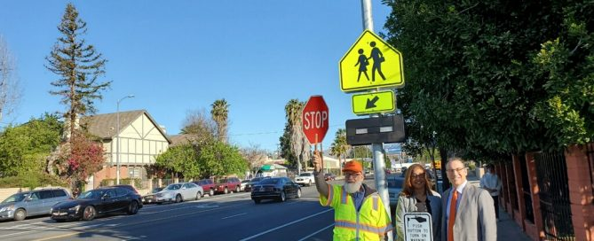winnetka lanark crosswalk
