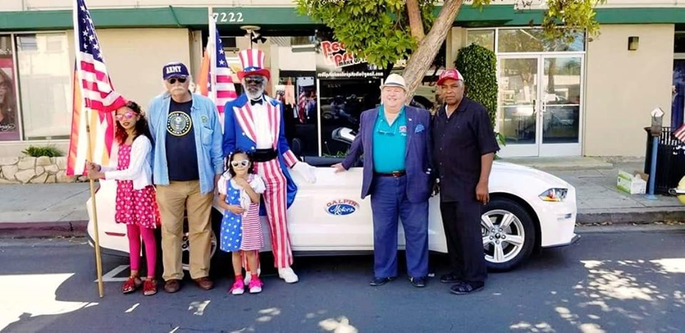 Winnetka Neighborhood Council at Memorial Day Parade 2019